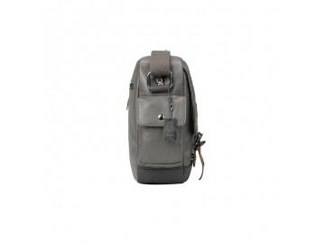 Troop London TRP0450 Brašna nejen pro tablet - Black